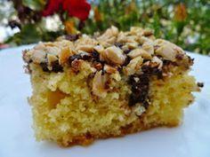 Συνταγή που κυκλοφορεί ευρέως στοδιαδίκτυο! Η συνταγή υπήρχε φυλαγμένη σε ένα τεφτέρι εδώ και χρόνια, την είχα δοκιμάσει πολύ παλιά κα... Greek Desserts, Sweet Life, Cake Pops, Sweet Tooth, Cheesecake, Muffin, Brunch, Food And Drink, Favorite Recipes