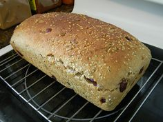 Whole Wheat Yoghurt, Seed and Cranberry Bread #natrelorganic - What Smells So Good?