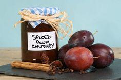 Chutney picant cu mere și prune • eCuisine