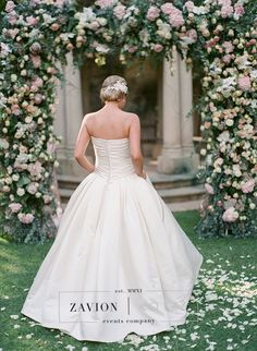 Stunning floral design, white, green, gold, orchids, white orchids, roses, pink, protea, proteas, gold under plates, raw wooden tables, ghost chairs, elegance. Wedding Day, wedding, luxury wedding, bride, bouquets, bouquet,  flower arch, floral arch, best wedding ever