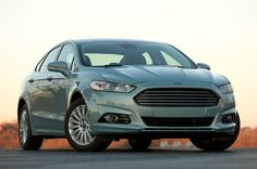 2014 Ford Fusion order guide reveals new base Hybrid model, equipment changes