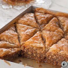 "More than 1500 year-old Greek sweet : ""entapsoménos"" in Greek, also known as ""baklava"". Greek Sweets, Greek Desserts, Greek Recipes, Apple Cinnamon Cake, Baklava Recipe, Breakfast Snacks, Cravings, Deserts, Food Porn"