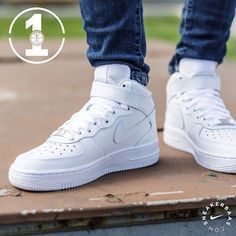 "ca34bbfdf3d7 SneakerBaas on Instagram: ""@nike #nike #airforce #nikeairforce1  #airforce1mid Nike Air Force 1 Mid - The legendary AF1 comes in the  traditional white ..."