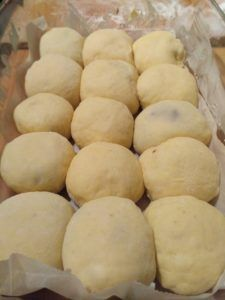 Kváskové buchty Honzovky – moje malé veľké radosti Sourdough Recipes, Food And Drink, Potatoes, Sweets, Bread, Vegetables, Basket, Bakken, Gummi Candy