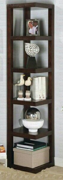 Building some DIY corner shelves might be a great idea for your next weekend project. Corner shelves are a smart solution for your small space. If you want to have shelves but you don't want to be too much on . Decor, Diy Shelves Easy, Bookshelves Diy, Shelves, Interior, Floating Shelves Diy, Diy Closet, Home Decor, Home Furnishings