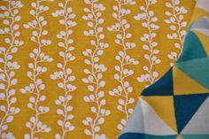 Stoff grafische Muster - Stoff Baumwollstoff mit Blütenranken - ein Designerstück von sincerelyyours bei DaWanda