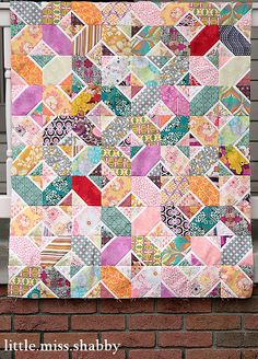 What looked like this last Wednesday: is now a completed quilt top. The fabrics are all Art Gallery Fabrics and were sent to me by Pat Bravo herself from her amazing scraps and I made it to benefi… Quilting Tutorials, Quilting Projects, Quilting Designs, Sewing Projects, Quilting Ideas, Scrappy Quilts, Baby Quilts, Jaybird Quilts, Quilt Festival