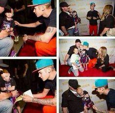 Jistin Bieber meeting a cancer patient
