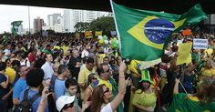 Manifestantes protestam contra corrupção na região da Av. Paulista