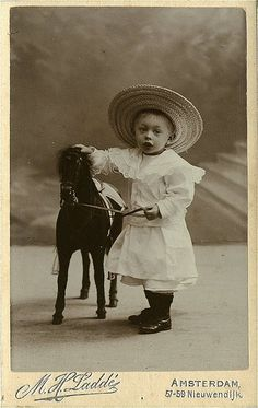 Antique Photo Album: Boy with toy horse Vintage Children Photos, Vintage Boys, Vintage Pictures, Old Pictures, Vintage Images, Old Photos, Time Pictures, Baby Photos, Antique Photos