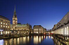 Verbringe dein Silvester in Hamburg! 3 oder 4 Tage in einem 4-Sterne Hotel mit Frühstück und Silvesterdinner ab 134 € - Urlaubsheld | Dein Urlaubsportal