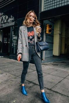 Womens Fashion For Work Casual Chic Boots 36 Ideas Casual Chic, Style Casual, Work Casual, Trendy Style, Edgy Chic, Fashion Week, Look Fashion, Trendy Fashion, Autumn Fashion