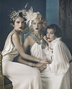 black and white photos, 20s, hair flowers - Google Search