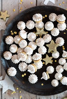Baking Recipes, Cookie Recipes, Dessert Recipes, Holiday Party Appetizers, Easy Casserole Recipes, Pumpkin Recipes, Christmas Baking, Diy Food, Biscuits