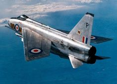 The English Electric Lightning - classic British supersonic fighter! Air Force Aircraft, Navy Aircraft, Fighter Aircraft, Fighter Jets, Lightning Aircraft, Electric Aircraft, Military Jets, Military Aircraft, Commonwealth