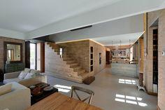 House in Estoril / Ricardo Moreno Arquitectos