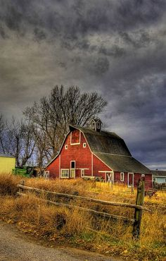 Beautiful Classic And Rustic Old Barns Inspirations No 43