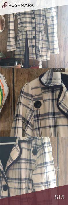 Medium plaid peacoat Made of a stretchy sweater material, super cozy. Jackets & Coats Pea Coats