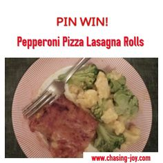 Pepperoni Pizza Lasagna Rolls are a Pinterest Win!!! Pizza Lasagna, Lasagna Rolls, Pinterest Projects, Pepperoni, Beef, Chicken, Recipes, Food, Meat