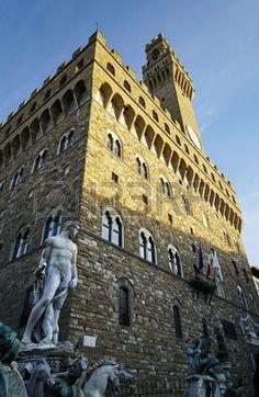 Fountain of Neptune and Palazzo della Signoria in Florence, Italy