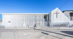 LAND architects rebuild earthquake effected school in chile