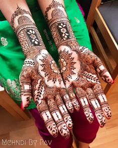 Mehndi Design Offline is an app which will give you more than 300 mehndi designs. - Mehndi Designs and Styles - Henna Designs Hand Latest Henna Designs, Indian Henna Designs, Back Hand Mehndi Designs, Henna Designs Feet, Legs Mehndi Design, Bridal Henna Designs, Mehndi Design Images, Best Mehndi Designs, Simple Mehndi Designs