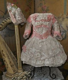 Romantic French Silk and Muslin Costume with Bonnet (item #1311019, detailed views)