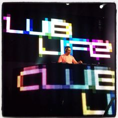 <3 DJ Tiesto = one of my first and top musical loves.