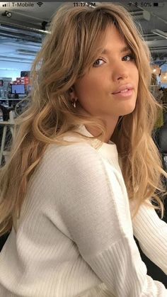 To get the newest bangs hairstyle quick instead of others for the future spring as associate degree owner of… Spring Hairstyles, Quick Hairstyles, Hairstyles With Bangs, Bangs Hairstyle, Makeup Hairstyle, Pretty Hairstyles, Face Shape Hairstyles, Hair Day, Hair Trends