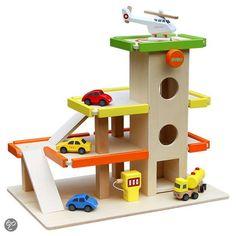 Houten speelgoed garage van het merk DUDU