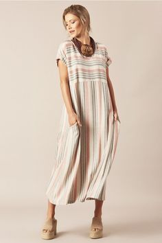 Frock Fashion, Fall Fashion Outfits, Boho Fashion, Fashion Dresses, Funky Dresses, Simple Dresses, Casual Dresses, Summer Dresses, Women's Fashion Leggings
