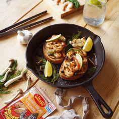 🍞🍤 Chlebík, hríby, krevety? Pripravte talianske bruschetty. 😉 Bruschetta, Ethnic Recipes, Food, Meal, Eten, Meals