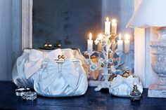 Perfect for weddings: Stunning white bags with gorgeous bows by Lisbeth Dahl  www.artandmore-shop.de