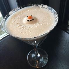 . Melted Snowman Martini  2 oz Vanilla Vodka 1 oz Fireball Cinnamon Whisky 1 oz Rumchata Splash of cream  Shake Well