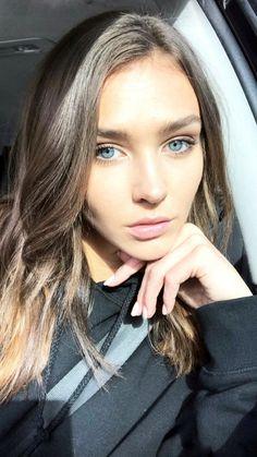 The always beautiful Rachel Cook