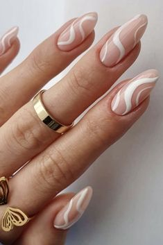 Classy Almond Nails, White Almond Nails, Almond Nails French, Almond Shape Nails, French Tip Nails, Acrylic Summer Nails Coffin, White Acrylic Nails, Almond Acrylic Nails, White Nails