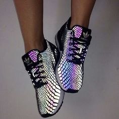 huge selection of 16809 4ea98 Insane multi-colored snakeskin Adidas Addidas Shoes Running, Addidas  Sneakers, Cute Running Shoes