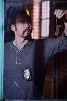 """The Strain, Vasiliy Fet (actor Kevin Durand) ISTJ quote: """"What's the most efficient way to kill these things?"""""""