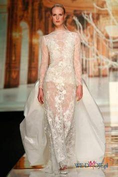 Suknia ślubna Yolan Cris z koronką z trenem #slub #wesele #wedding #sukienki