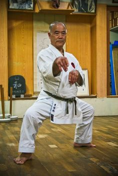 Shihan Morio Higaonna. 10 dan Okinawa Goju Ryu