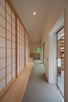 Modern Japanese Interior, Japanese Architecture, Japanese House, House Goals, Wedding Centerpieces, Home Interior Design, House Design, House Styles, Furniture