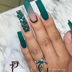 Turqoise Nails, Emerald Nails, Green Nails, French Tip Acrylic Nails, Bling Acrylic Nails, Best Acrylic Nails, Turquoise Nail Designs, Black Nail Designs, Nail Designs Bling
