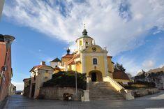 Eisenstadt, Bergkirche (Haydnkirche) Central Europe, Berg, Kirchen, Taj Mahal, Mansions, Country, House Styles, Building