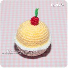 Cupcake Amigurumi #handcraft #homedecor #cupcakes
