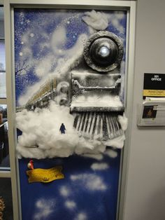 34 Easy DIY Office Christmas Decoration Ideas You Should Try If it comes to Christmas, different individuals have various traditions. If you've accumulated a good deal of Christmas gift boxes […] Christmas Door Decorating Contest, Office Christmas Decorations, School Decorations, Christmas Themes, Christmas Crafts, Christmas Dance, Christmas Activities, Polar Express Theme, Christmas Classroom Door
