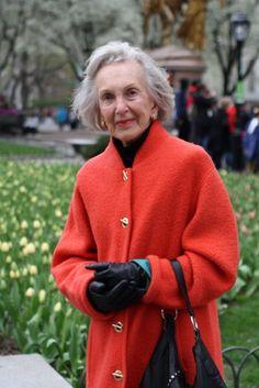 """Мой любимый тэг у Сарториалиста """"older women"""". Я восхищаю женщинами в возрасте, которые следят за собой. Морщины, да, все при них, но такое благородство, такая стать!…"""