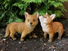 Includes two CUTE FOX figurines. Dimensions for fox on L x W x HDimensions for fox on L x W x H Perfect addition to your collectibles. Every home or garden needs a cute little fox or two. Garden Animal Statues, Wildlife Decor, Little Fox, Cute Fox, Dream Garden, Bird Feeders, Countryside, Corgi, Foxes