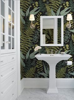 Looking for bathroom wallpaper ideas? From delicate damasks to ditsy florals and. - Looking for bathroom wallpaper ideas? From delicate damasks to ditsy florals and daring geometric p - Bathroom Mural, Boho Bathroom, Bathroom Interior, Small Bathroom Wallpaper, Wallpaper Toilet, Powder Room With Wallpaper, Wall Paper Bathroom, Closet Wallpaper, Bathroom Toilets