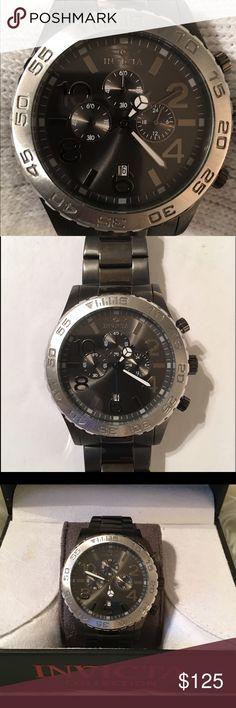⌚️Men's Invicta watch Very well kept men's invicta watch. No scuff or scratches. Perfect condition. Invicta Accessories