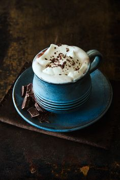 Second photo in my chocolate series: Hot chocolate & whipped cream, a favorite beverage during winter! Styling and photo © 2013 Rania Maria Photography But First Coffee, I Love Coffee, Coffee Break, Chocolate Cafe, Chocolate Chips, Chocolate Whipped Cream, Pause Café, Chocolate Caliente, Coffee Cafe